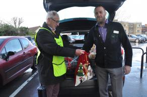 Manager of Budgens picks out the lucky winners